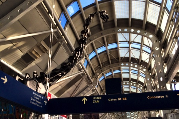 Hanging out in Airports: Chicago O'Hare